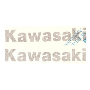 Coppia di adesivi in pvc, scritta kawasaki